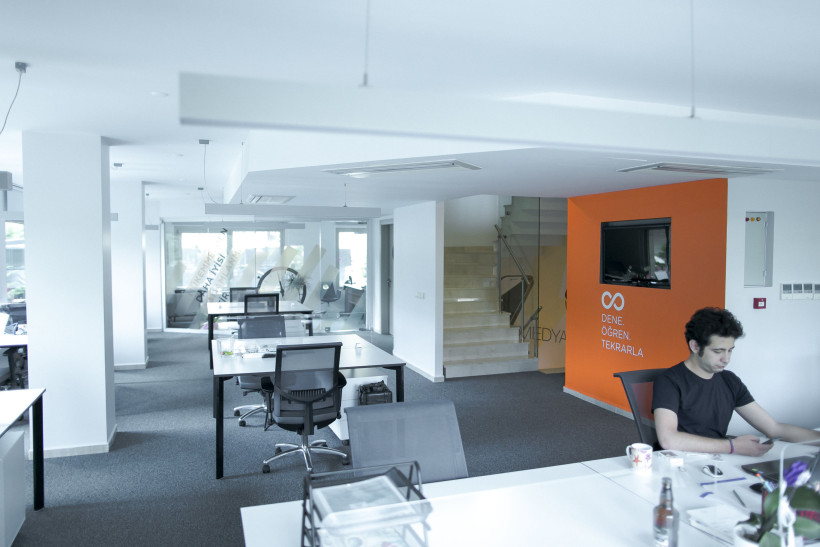 Neodigital Office Refurb/ Neodigital Ofis Tasarimi